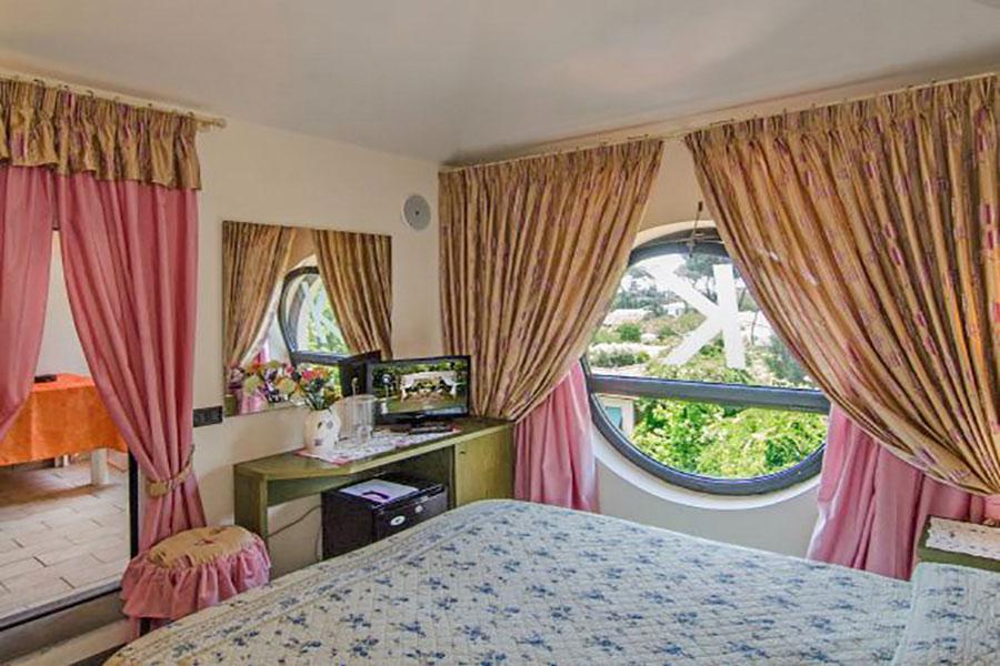 Hotel a Forte dei Marmi, camera matrimoniale hotel Kyrton