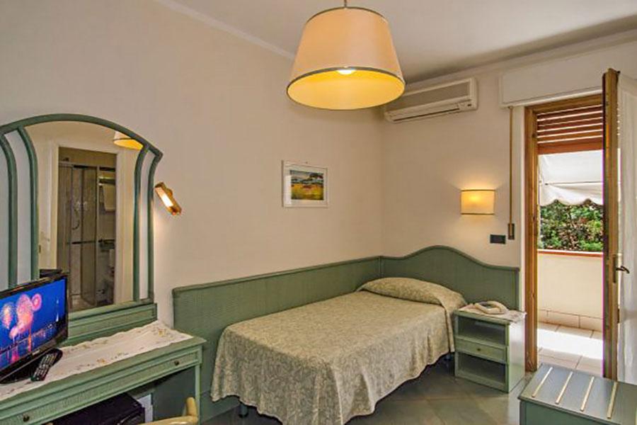 Hotel a Forte dei Marmi, camera singola hotel Kyrton