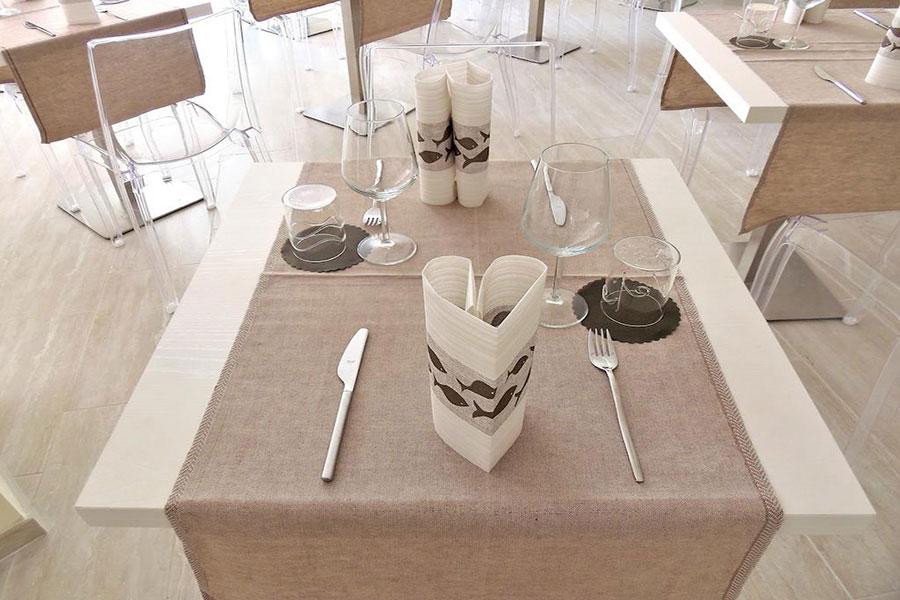 hotel a Lido di Camaiore, tavolo hotel Lido Inn